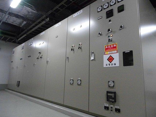 屋内電気室